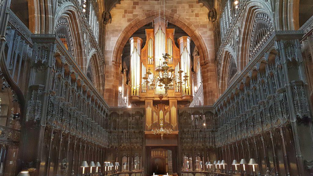 Il coro ligneo della Cattedrale di Manchester