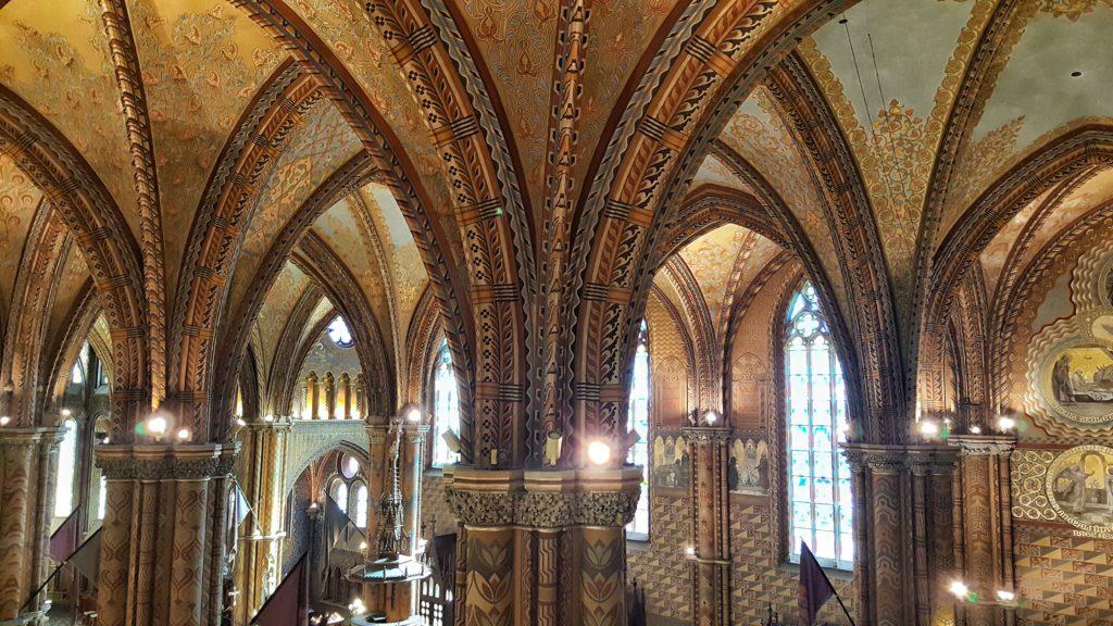 Interno della Chiesa di Mattia Corvino_cosa vedere a Budapest