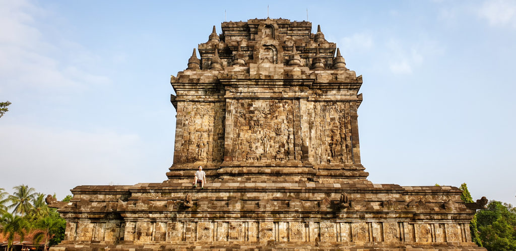 Mendut Temple_tour Borobudur e Prambanan in un giorno