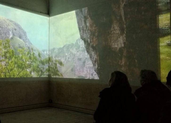 Proiezione di un filmato a Casa Noha a Matera