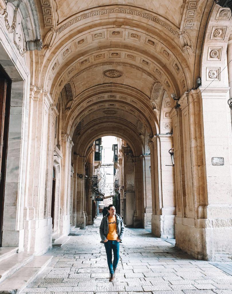 biblioteca nazionale valletta malta
