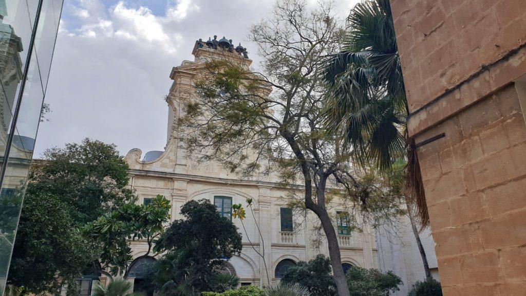 palazzo grande maestro valletta