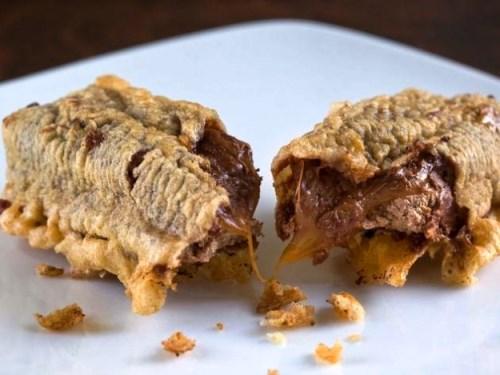 la barretta di mars fritto è uno dei dolci tipici e insoliti della scozia