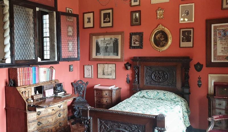 camera da letto di Ugo Da Como