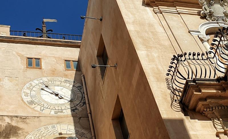 torre dell'orologio di trapani
