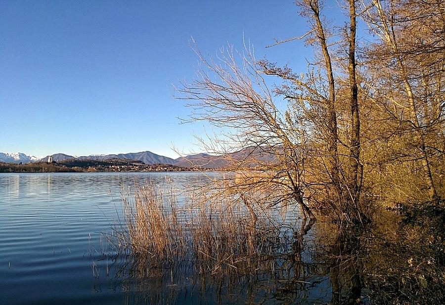 Lago di comabbio_cosa vedere a varese_passeggiata