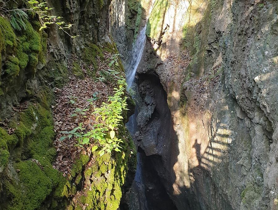 val di non canyon del parco fluviale novella