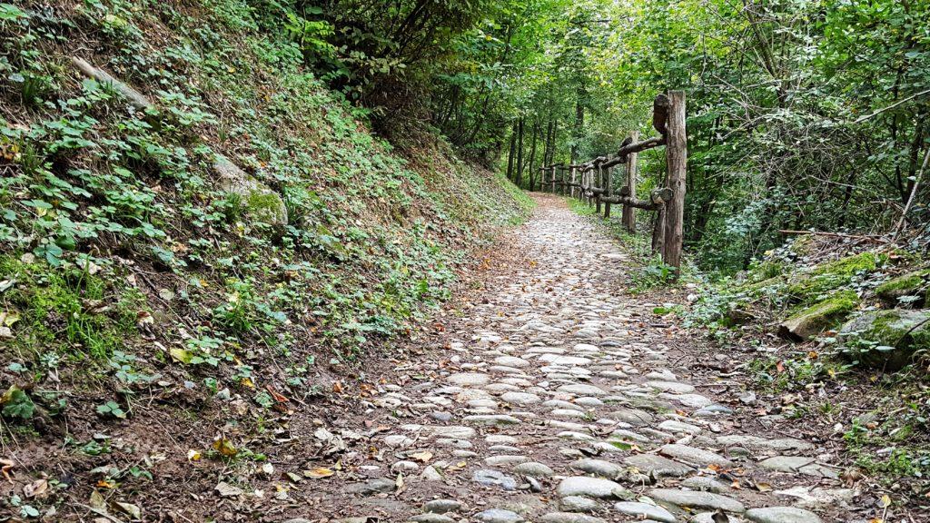 passeggiate facili il lombardia tra montagna, laghi e fiumi