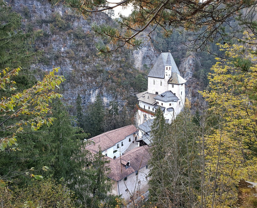 Santuario di San Romedio in trentino alto adige