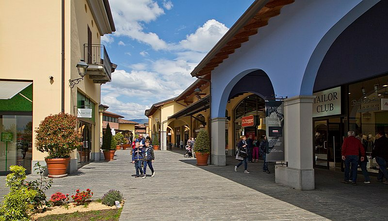 Shopping al Franciacorta Outlet Village_brescia