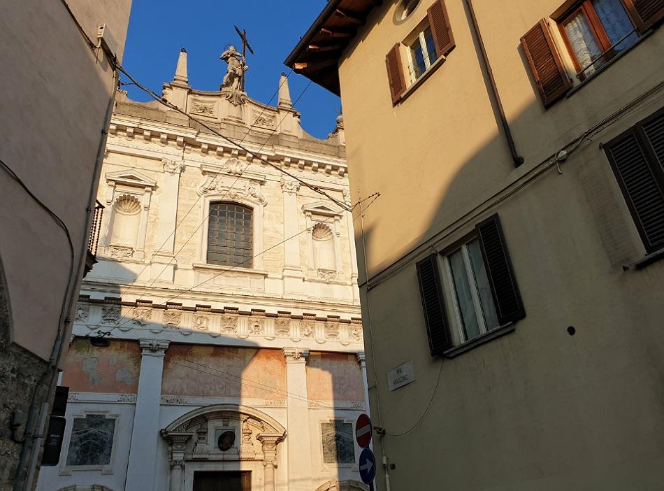 chiesa di sant alessandro della croce_bergamo bassa_passeggiata a piedi