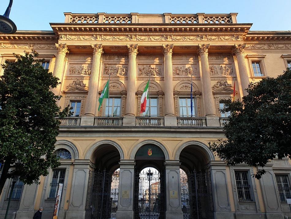 palazzo della provincia_via tasso_bergamo bassa