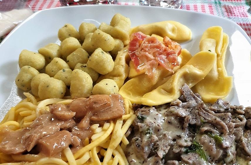 piatti bergamaschi in una trattoria di bergamo bassa_ristoranti