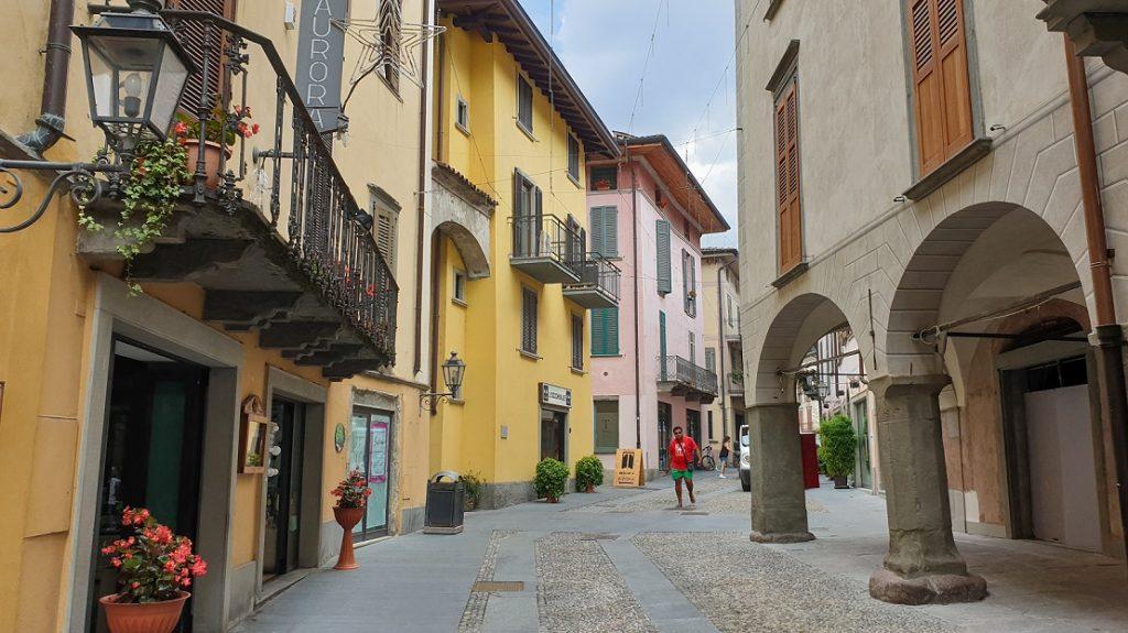 centro storico del borgo di pisogne_lago d'iseo