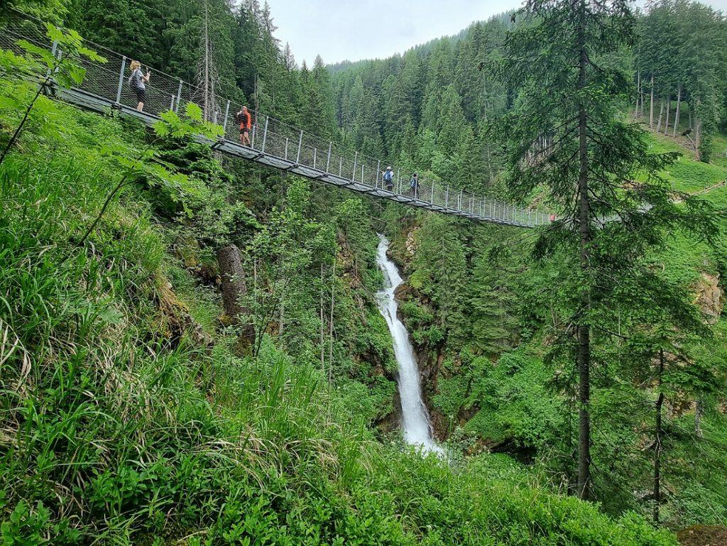 Ponte tibetano e cascata in Val di Rabbi_Val di Sole