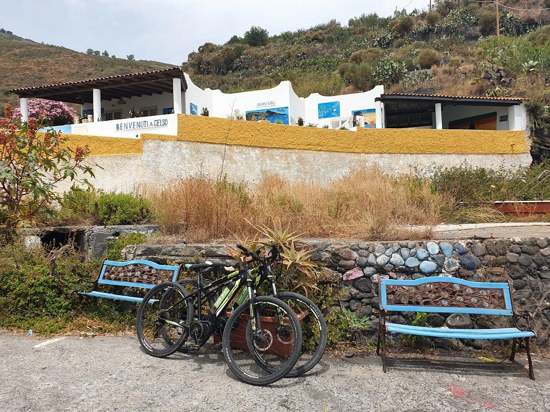 Le nostre e-bike a Gelso sull'isola di Vulcano