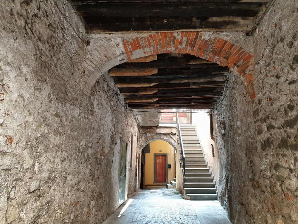 Cosa vedere a Lovere Bergamo: Portichetto San Giorgio