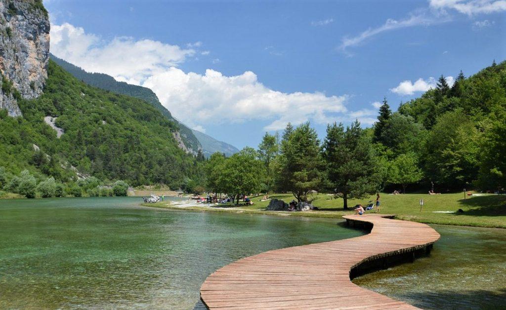 Oasi Naturalistica del Lago di Nembia nei dintorni di Molveno