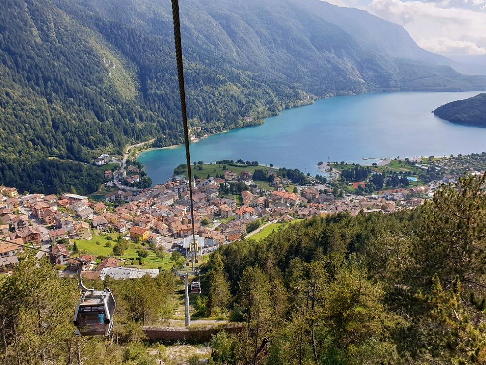 Funivia di Molveno: cabinovia panoramica verso il Pradel